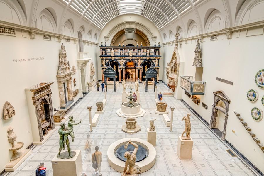 medieval_and_renaissance_galleries_va_room_50a-900x600